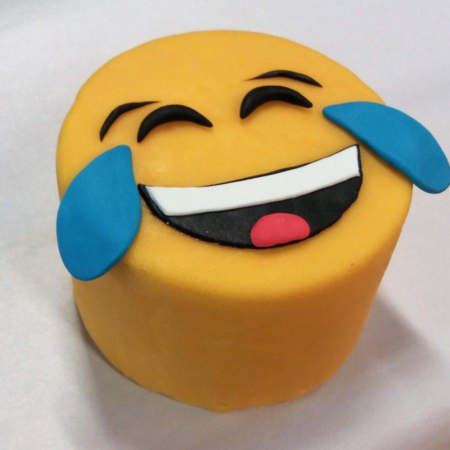 LOL-cake