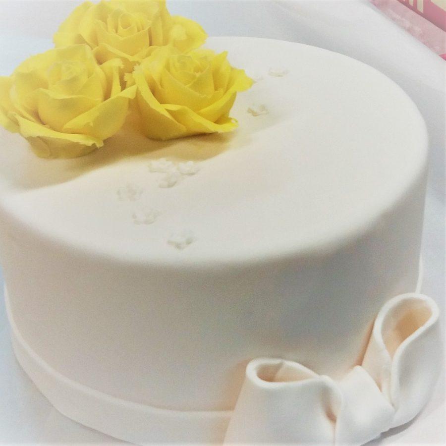 ruusu-kakku
